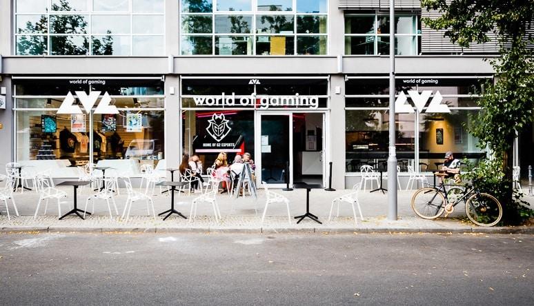 Das LVL in der Schützenstraße 73 in Berlin-Mitte mit Burger-Restaurant, Merchandse-Shop und einer Vielzahl an E-Sport-Angeboten soll professionelle Gamer, Spieleinteressierte und Touristen anziehen. Foto: Andreas Beetz
